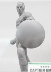Kotobukiya-Avengers-Marvel-NOW-Captain-America-Statue-Prototype-SDCC-2013-e1374253699502