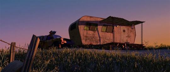 """Em """"Vida de Inseto"""" (1998), o carrinho da Pizza Planet aparece ao lado de um trailer, quando um inseto faz um alerta sobre o perigo da lâmpada anti-mosquito."""