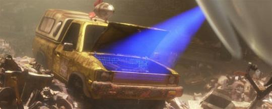 """Em """"Wall-E"""" (2008), o veículo aparece todo enferrujado enquanto EVA o escaneia durante sua missão exploratória."""