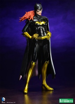 Estatua-Batgirl-New-52-ArtFX-03