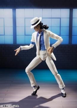 Michael-Jackson-Smooth-Criminal-S-H-Figuarts-Bandai-03