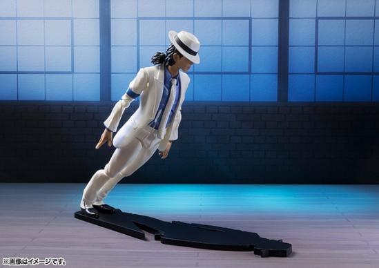 Michael-Jackson-Smooth-Criminal-S-H-Figuarts-Bandai-07